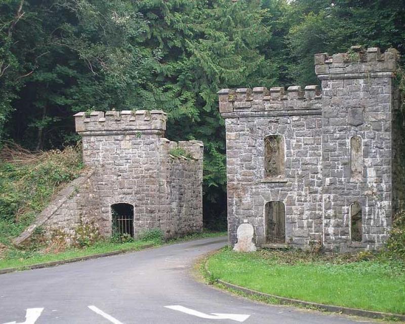 castle-caldwell